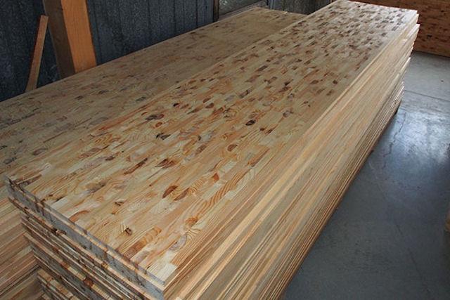 Мебельный щит клееный из лиственницы 200/40/3000 по