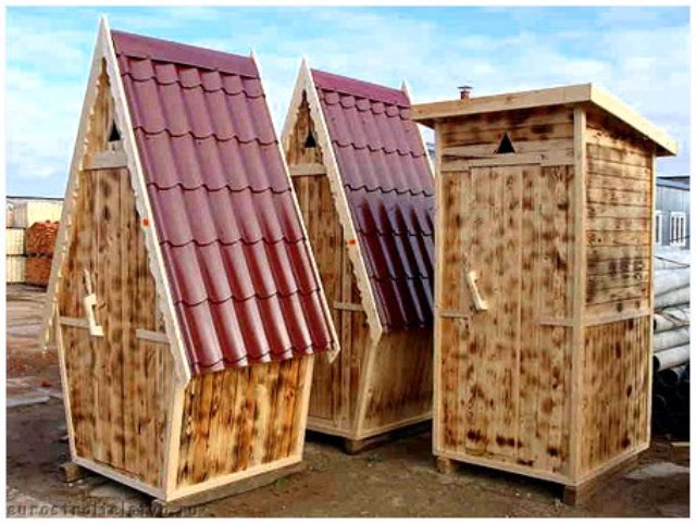 Как построить деревянный туалет