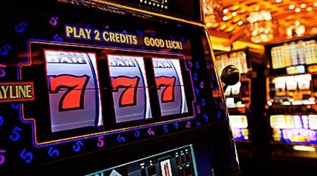 Популярные азартные игры в казино Maxbet : автоматы и слоты