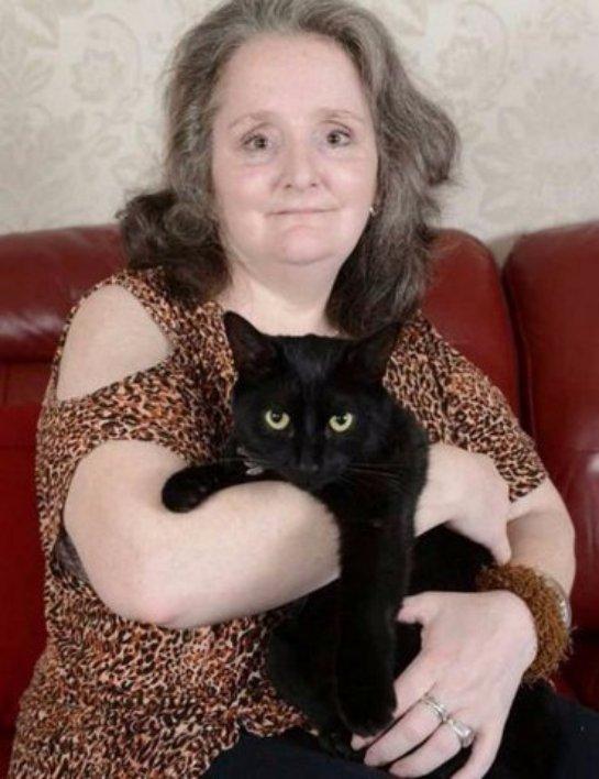 Кот вывел женщину из комы