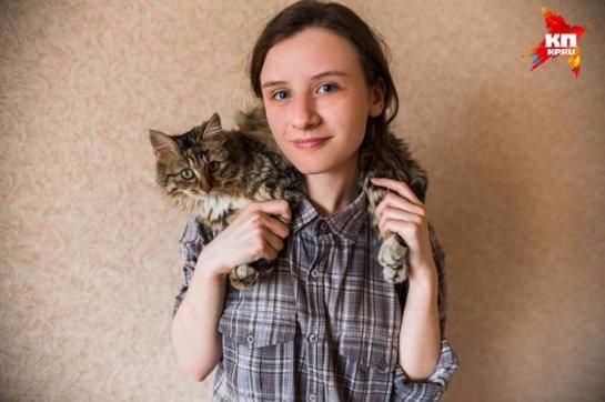 Школьница из Челябинска спасла кошку, которая застряла в вентиляционной шахте