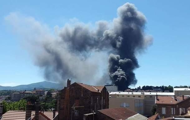 На территории одного из госпиталей на юге Франции прогремели два взрыва