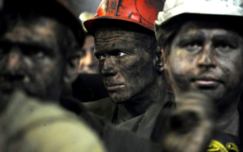 В Донецкой области 11 шахтеров отказались подниматься на поверхность
