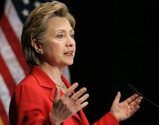 Расследование по делу о переписке Клинтон будет возобновлено