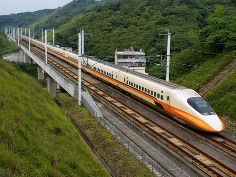 В Тайване произошел взрыв в пассажирском поезде. Около 24 человек ранено