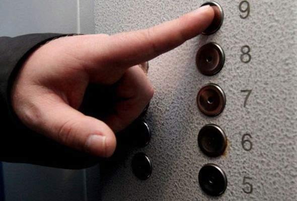 В Хмельницком жители дома защитили лифт от воров