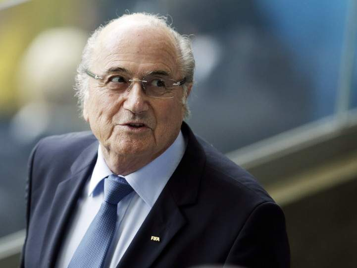 Экс-президент ФИФА перенес операцию на ухе