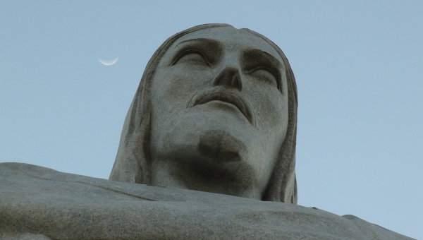 В Питере ищут место для воздвижения 80-метровой скульптуры Иисуса Христа