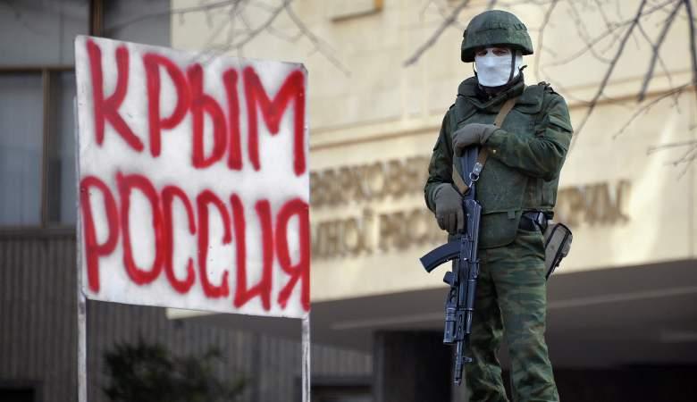 Губернатор Севастополя допустил повторный референдум в Крыму