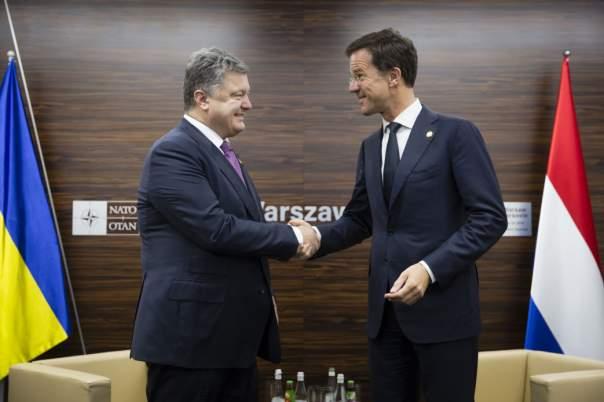 Порошенко встретился с премьер-министрами Италии и Нидерландов