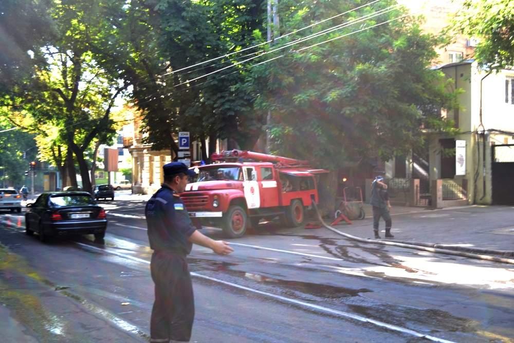 В Одессе сгорел дом-памятник архитектуры. Есть погибшие