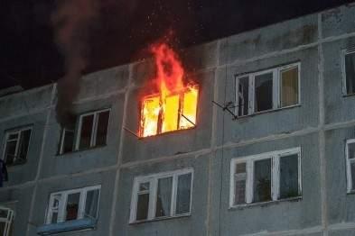 В Оболонском районе Киева во время пожара спасли мужчину, который все это время лежал на диване
