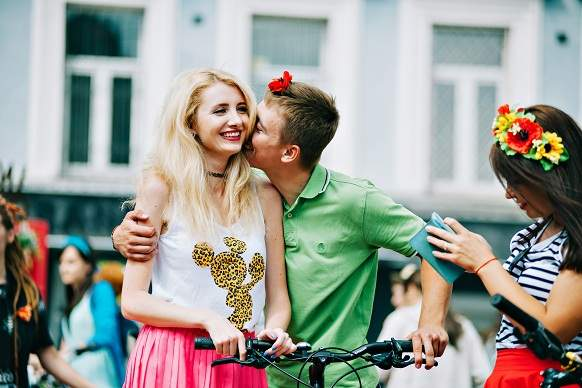 Более 300 девушек совершили велопарад по Киеву