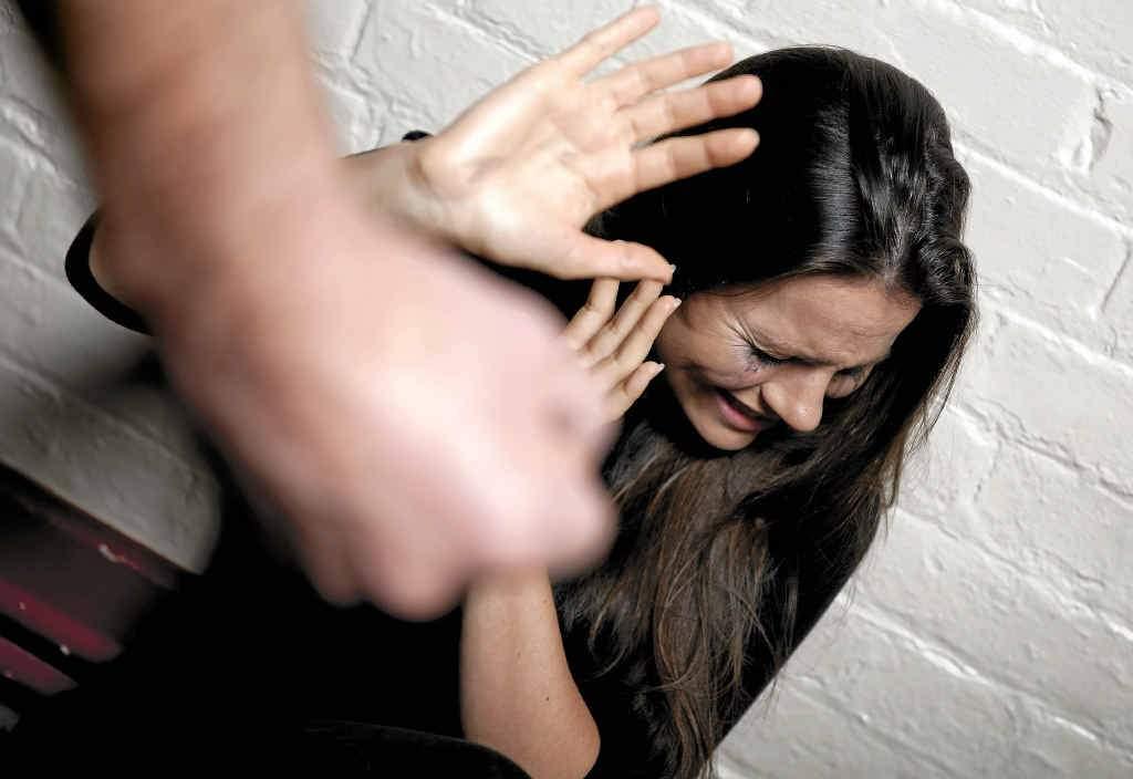 Под Москвой мужчина избил и изнасиловал 20-летнюю девушку