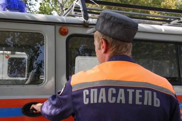В Одессе в результате ДТП в кабине автомобиля зажало водителя