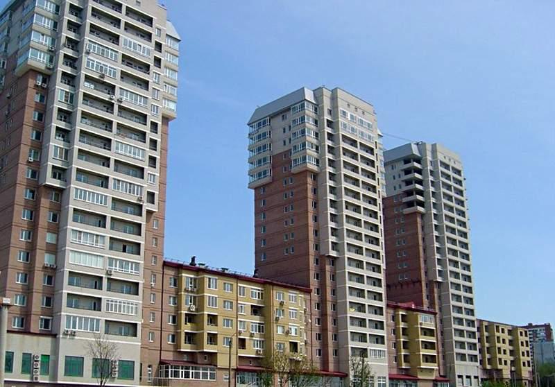 В Ростове мальчик выпал из окна многоэтажки