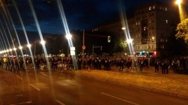 В Берлине протест перерос в массовые беспорядки
