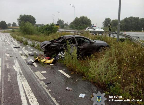 На трассе Киев-Чоп произошло ДТП. Один из пассажиров в реанимации