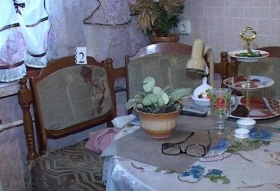 Киевлянин обнаружил труп жены в ванной своей квартиры