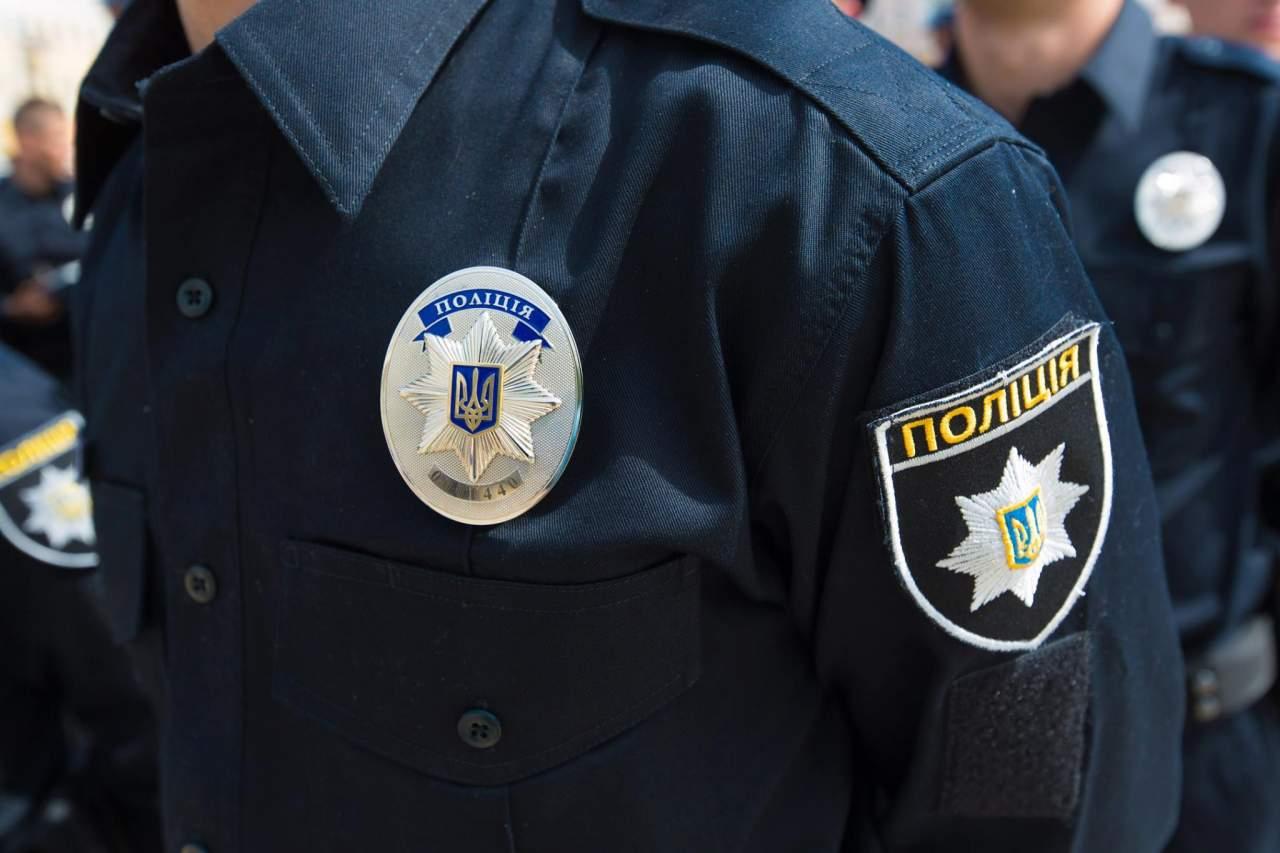 В Киеве задержали пьяного водителя, который сбежал до тротуара