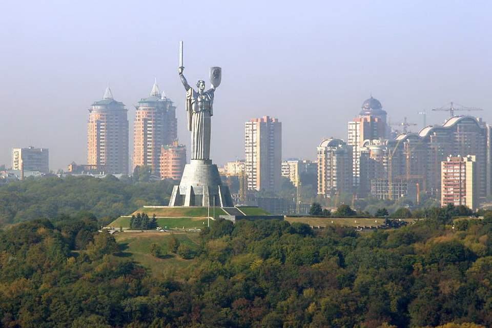 В Украине прогнозируются град и шквалы 15-20 м/с