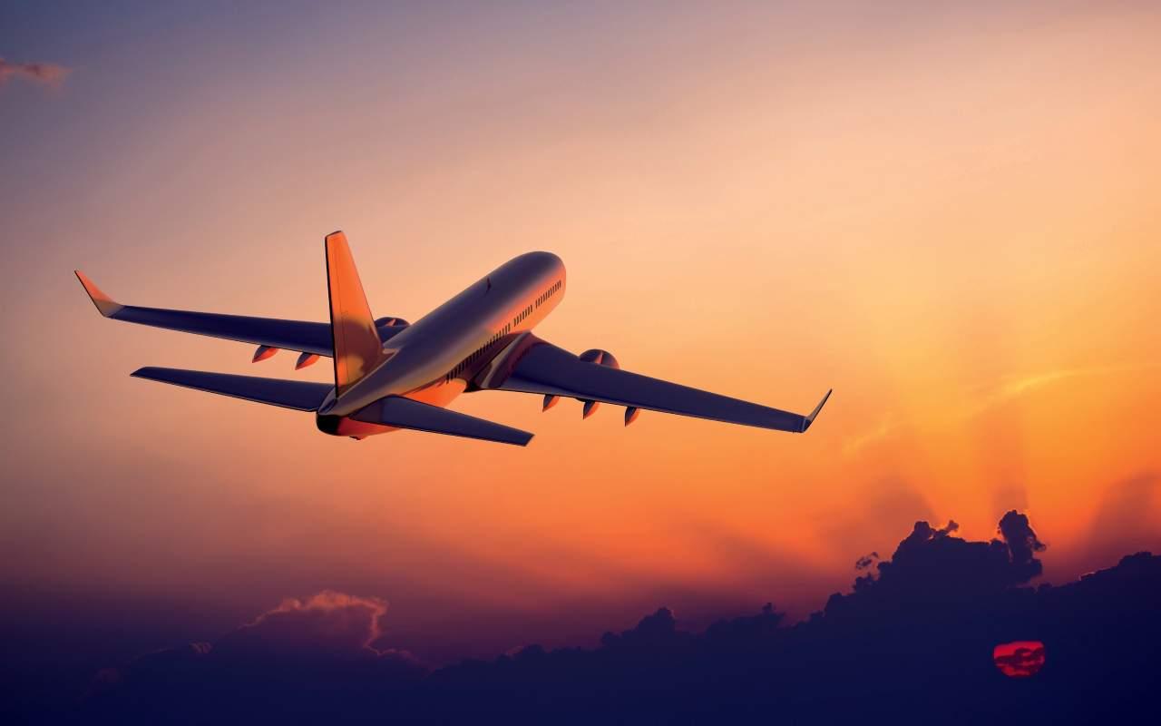 В Минске из-за грозы столкнулось два самолета