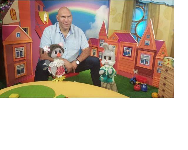Валуев станет ведущим детской программы