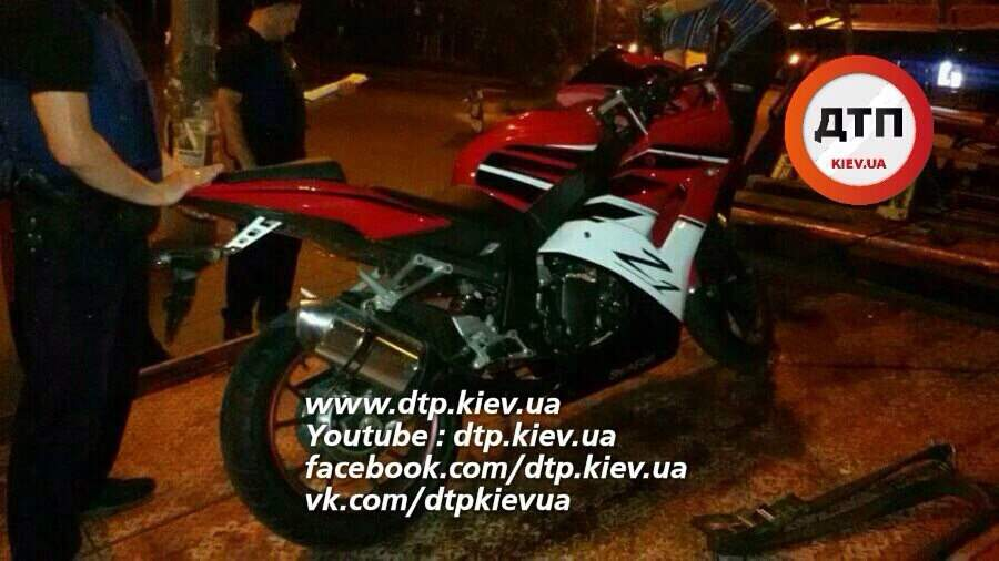 В Киеве задержали пьяного прокурора на мотоцикле