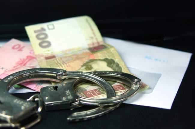 СБУ задержала на взятке замкомвзвода полиции в Бахмуте