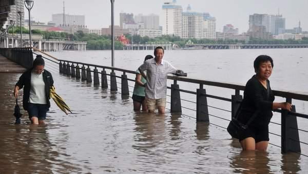 В Китае из-за наводнения погибли 237 человек