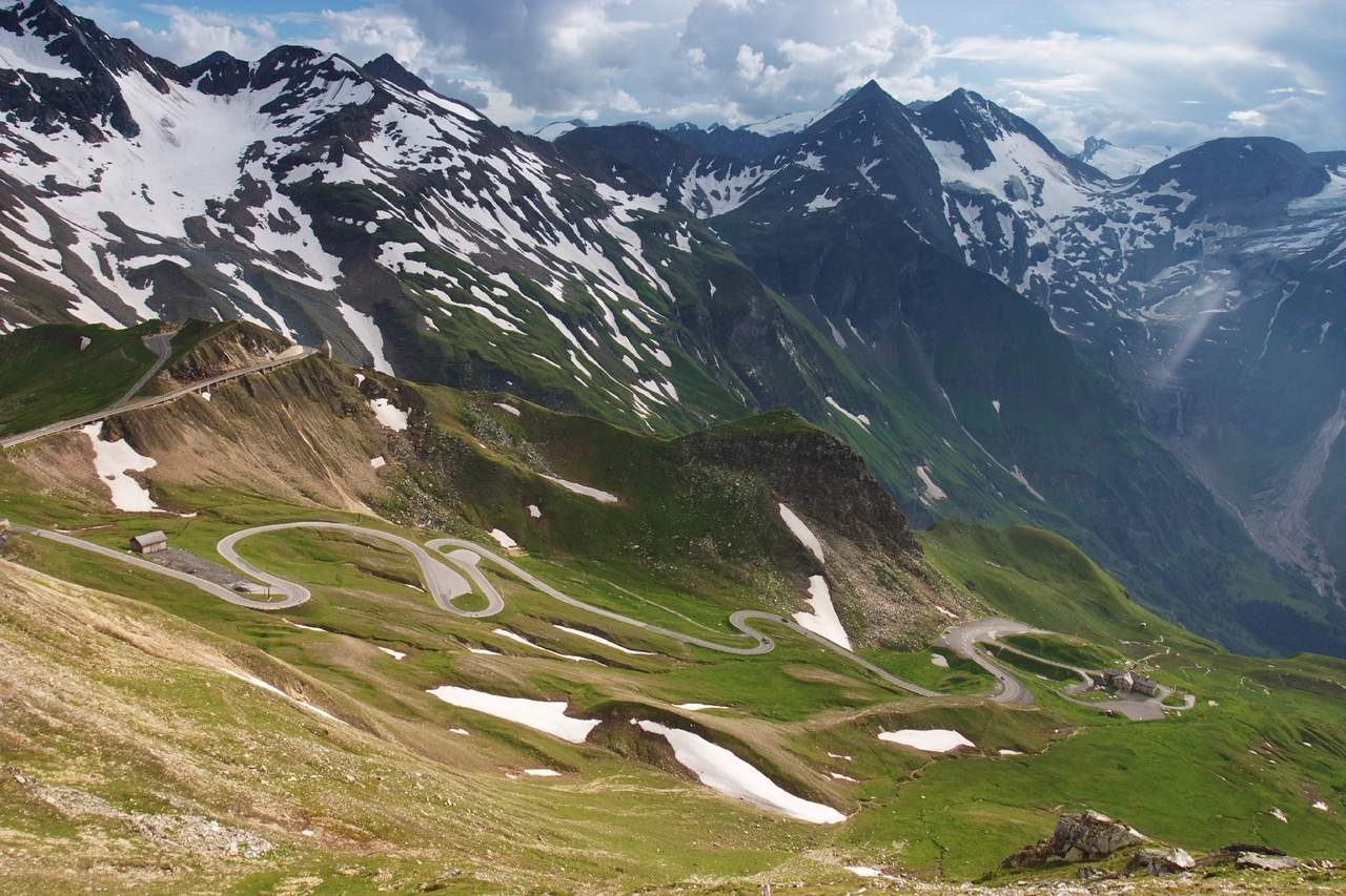 Итальянские Альпы покрылись снегом