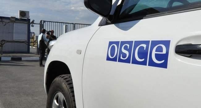 В Донецке местный житель повредил машину ОБСЕ