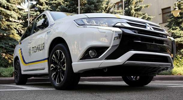 Нацполиция получит 651 новый автомобиль