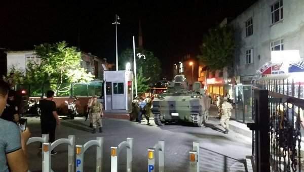 Более 300 человек арестованы за попытку переворота в Турции