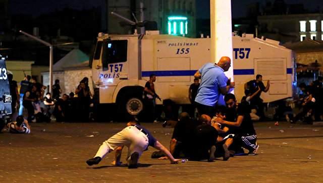 Правоохранители Турции задержали более 700 военных, причастных к попытке госпереворота
