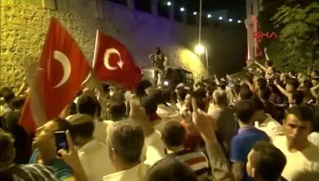 Стало известно имя инициатора ночного путча в Турции