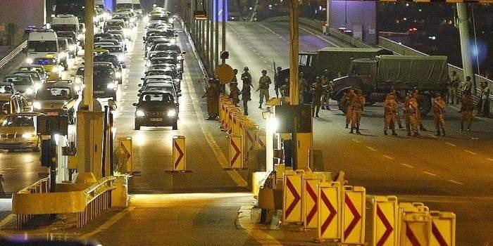 В результате путча в Турции ранены более тысячи человек