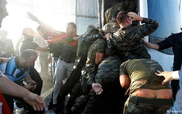 Пострадавших в результате попытки госпереворота в Турции граждан Украины - нет