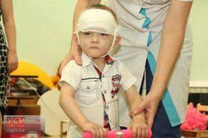 Малыша, которого бросили на одной из улиц в Одессе, готовят к усыновлению