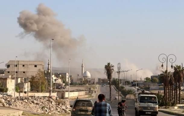 В результате авиаударов по сирийскому городу Алеппо погибли люди