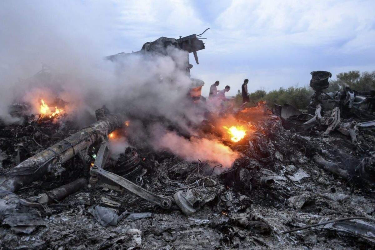 Крушение малайзийского Boeing-777 в Донецкой области