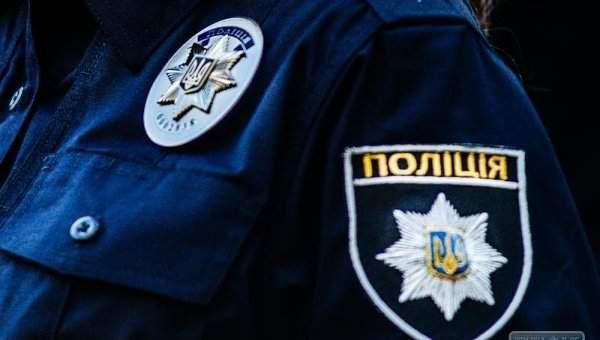 В столице авто сбило девушку-полицейского