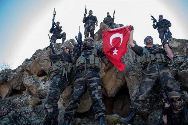 В Турции число задержанных возросло до шести тысяч
