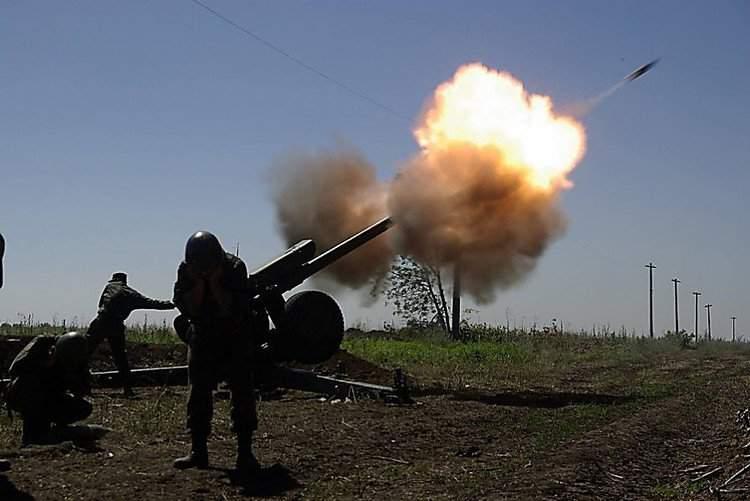 В результате миномётного обстрела Авдеевки ранен мирный житель