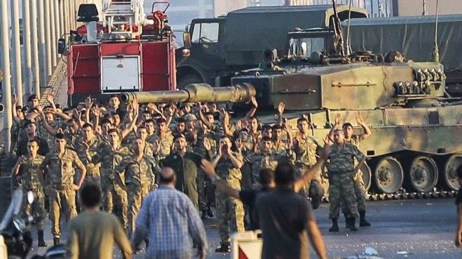 Турецкие военные уверяют, что попытка переворота