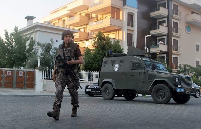 Штурм отеля, в котором находился Эрдоган, был заснят на видео