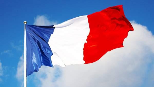 Франция усилит охрану туристических объектов после теракта в Ницце