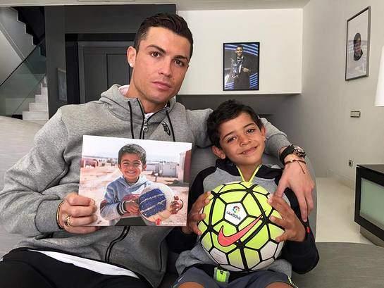 Роналду, свой заработок за Евро-2016, перечислил на благотворительность