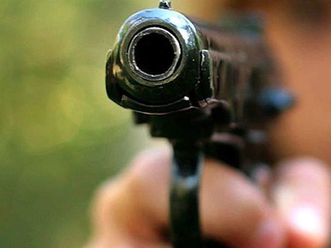 Полиция Анталии расстреляла мужчину в аэропорту