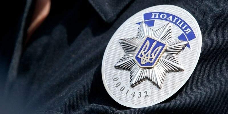 На Черниговщине двое полицейских задержаны за систематические взятки